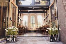 Explore by Lute Weddings & Bruiloften & Trouwlocatie Muiden / Voor een droomhuwelijk is een droomplek een must. Een romantische dag en een plek die u en uw gasten nooit zullen vergeten. Het is sfeervol, gelegen in een natuurlijke omgeving waar chef-kok Peter Lute de zinnen verrijkt met culinaire verrukkingen.Persoonlijke aandacht en communicatie zijn voor ons erg belangrijk, daarom nemen wij de tijd voor u. EXPLORE is geschikt voor ceremonie, diner, receptie en feest. Grote en kleine gezelschappen zijn bij ons van harte welkom. Kom gerust langs!