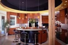 Kitchens / by Caroline Gustin