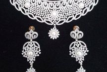 Jewellery / All the latest jewellery designs can be seen here