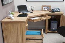 skrivbord med skåp