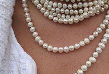 Pearls / Any style. Any shape. I love pearls.