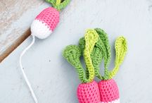 Knit and crochet: food