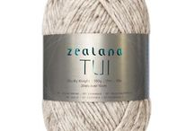 Zealana TUI Chunky / Zealana TUI is a lofty, bulky yarn made from 70% fine New Zealand merino, 15% cashmere, and 15% brushtail possum. It's a great workhorse yarn with a touch of luxury, perfect for that big cozy sweater project or super warm scarf!