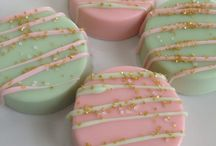 Mint green and pink - color theme party ideas
