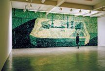 Murals of thistles / Murales de Cardos / Installation of murals made of natural dyed thistles / Murales de cardos teñidos a mano