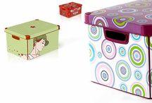 Cajas de Carton / by Maria Elena Barria