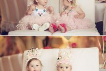 SEEING Twins (Doubles) / Adorable pictures, photography, outfits, sayings, and parenting tips. Love to have the cutest twins!