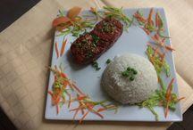 Taste of India / Es geht um die Vielfalt der indischen Küche. Das Taste of India ist ein Restaurant (20 Minuten vom Frankfurter Hauptbahnhof oder Flughafen), welche Sie in die kulinarischen Köstlichkeiten Indiens einlädt. Vegane oder vegetarische Kost ist ein Schwerpunkt, allerdings finden Sie auch leckere Chicken oder Lammgerichte auf unserer Karte.
