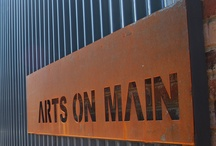 ARTS ON MAIN / THIS IS MY SECOND HOME. I JUST LOVE THIS PLACE. DIFFERENT PEOPLE AND THINGS EVERY TIME I GO!!!