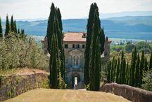 Villa Cento, Tuscany / Villa Cento is an enchanting luxury 17th century villa rental ideally located in the heart of Tuscany near Siena, Italy. http://www.luxuryvillarentalsitaly.com/italy/villa-cento/
