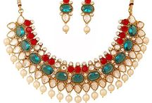 Dazzling Traditional Bollywood Kundan Polki Necklace Set