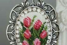 Goblen necklace_Flower designs