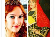 شيماء الشريف شبيهة مريم اوزرلي التركية