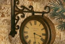 clock wall vintage