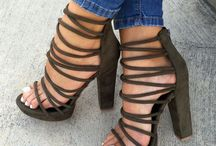 Τακούνια / These heels are absolutely awesome!!!!