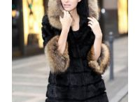 Women's coats and jackets / The original fur, good quality clothes