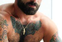 i love men with beard and tattoo :)