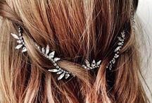 accessoires de cheveux pour mariage / tiares, diadèmes, broches ou head-band, bref des idées pour mariage