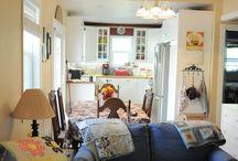 tiny house love. / tiny houses . small spaces . small home organization . minimalism .