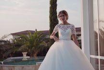 Hadassa esküvői ruhák a Nefelejcs ruhaszalonban