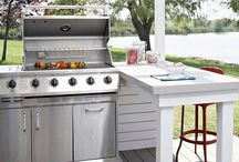 Outdoor Kitchens / Making your grilling space your favorite space!