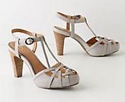 Shoe love / by Jenna DiPrima