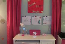 Girls desk ideas