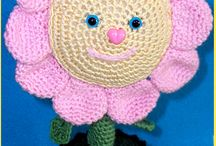 https://it.pinterest.com/lillygm13/crochet-knitting/