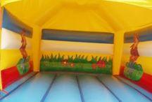 Springkussen Cowboy Overdekt / Met dit vrolijke springkussen wordt elk feest een succes. Het kussen is geheel overdekt.