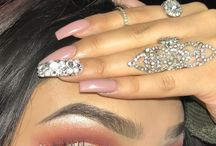 Beauty / the beauty of nails and eye make up