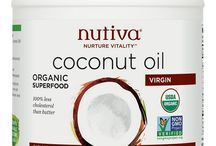 Coconut Oil For Hair / How to use coconut oil for hair with benefits for hair loss, growth and skin. We have reviewed the best coconut oils for hair and conditioners. - http://beautifieddesigns.com/coconut-oil-for-hair/
