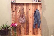 pallet coat/boot rack