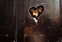 hearts & de tout coeur / Do what you love with love  De Tout Coeur roughly translates as 'from the heart'  #detoutcoeurlimousin  #fromtheheart  ❤️ www.detoutcoeurlimousin.moonfruit.com