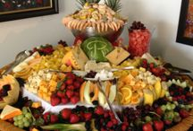 wedding fruits and cheese table