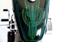 Pinstripe / kustom paint designs - motorcyles
