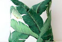 Tropical Banana Leaf Pattern