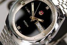 Vintage Rado men's watch / 1980~9's old watches. Rare used watches. Vintage used watches. You can buy it now in ebay.