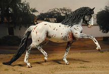 Model Horses / Models and Tack / by cynthia kass