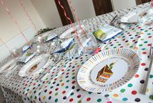Very Hungry Caterpillar Party / Check out this fantastic Very Hungry Caterpillar themed party with a selection of products available at Perfect Party! Visit www.perfectpartyuk.com/catalogsearch/result/?q=hungry+caterpillar for the entire range - prices from £2.77. Photography by Sophie Li.