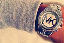 MICHAEL KORS WATCHES & OUTFITS