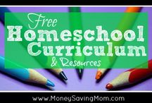 Homeschool FREEbies / Find all the homeschooling freebies you could need for any age, season and subject!