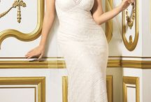 Curvy Bride / #curvy #bride - #spose morbide #wedding ideas - #matrimonio