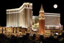 """Hoteles en Las Vegas / Contamos con las mejores selecciones de hoteles en Las Vegas. Podrás comparar precios de cientos de hoteles y habitaciones disponibles para tu selección. Nuestro sitio está en 45 idiomas en el que puedas escoger y podrás buscar hoteles por orden de: """"estrellas"""", """"nombre de hotel"""", """"precios"""", o """"las mejores selecciones""""!..."""