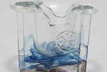 Helena Tynell / Lasitaiteilija Helena Tynell (1918-2016), Finnish glass designer Helena Tynell