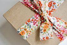 Gift Ideas / by Elizabeth Pugh