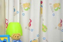 Babykamer gordijnen / Schattige gordijnen in rustgevende pasteltinten voor jongens en meisjes. Gordijnstoffen voor een scherpe prijs die ook nog eens gratis op maat worden gemaakt!