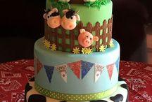 Szülinapi tortája farmos