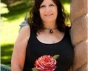 Mary Dillin Shurtleff / Mary Dillin-Shurtleff  of Design Wisdom-Feng Shui is an author, Feng Shui Interior Designer, Clinical Hypnotherapist, national and international motivational speaker, radio host, Theta Healer, and a Six Sensory Practitioner.