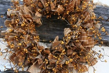 Fall crafts & Ideas / by Cheryl Lawlor-Mahala