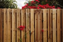 Wood fence / Gjerde til terrasse på garasje